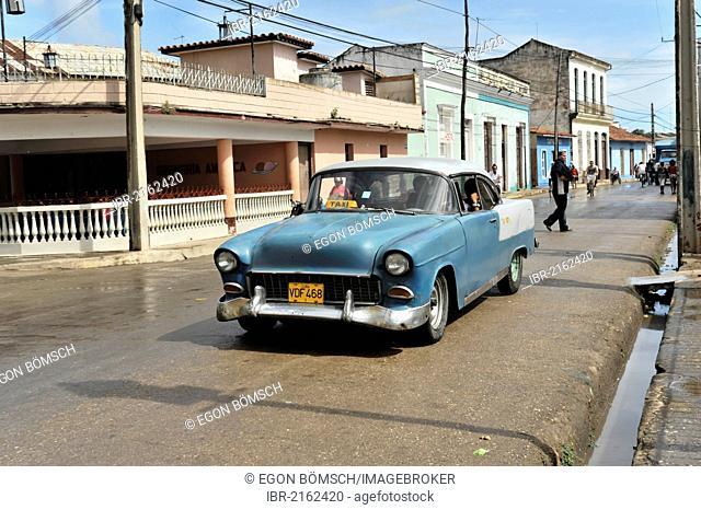 Taxi, vintage car from the 50s, Santa Clara, Cuba, Greater Antilles, Caribbean, Central America, America