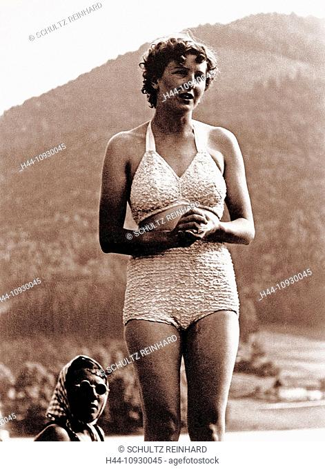 Eva Braun, Braun, bathing suit, swimsuit, Berghof, Adolf Hitler, wife, mistress, 1945, Berchtesgaden, Germany, 1940