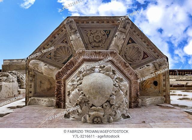 Lower details of the Saint Bernardino da Siena pulpit on the Duomo di Perugia, Italy