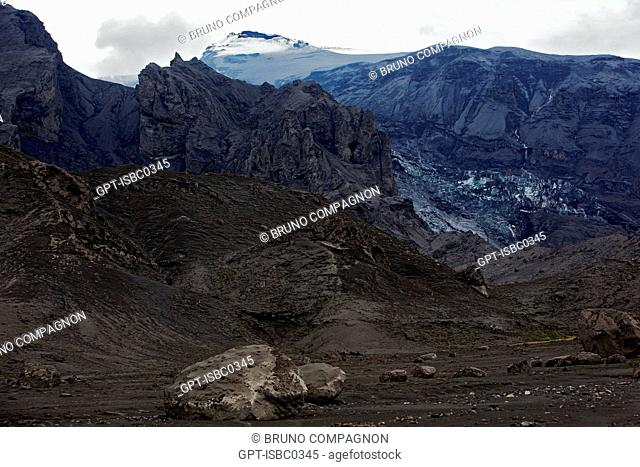 THE VOLCANO EYJAFJALLAJOKULL FOLLOWING THE ERUPTIONS ON MARCH 20 AND APRIL 14, 2010 THAT REQUIRED THE EVACUATION OF 800 PEOPLE AND DISRUPTED AIR TRAFFIC IN...