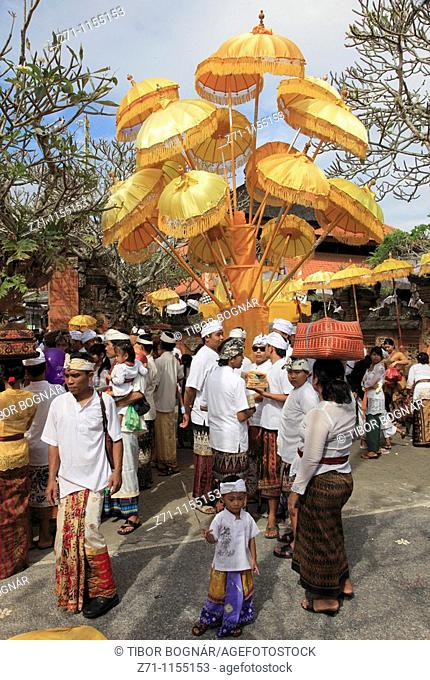 Indonesia, Bali, Mas, temple festival, people, odalan, Kuningan holiday
