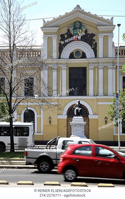 Chile Santiago Avenida Libertador Bernardo O Higgins Universidad de Chile University
