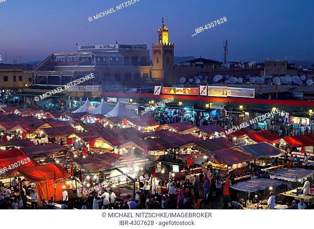 Jemaa el-Fna, square for street entertainers, Marrakech, Marrakech-Tensift-Al Haouz, Morocco