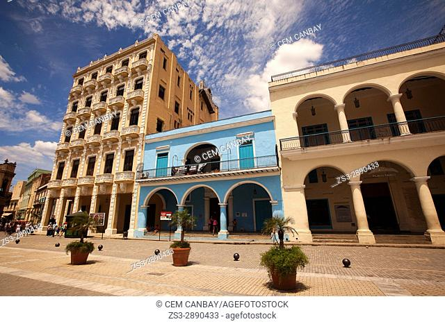 Colonial buildings with balconies at the Plaza Vieja- Old Havana, La Habana, Cuba, West Indies, Central America