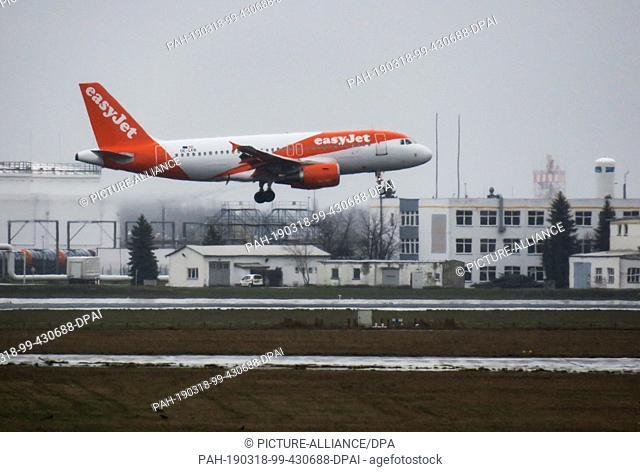 16 March 2019, Brandenburg, Schönefeld: A plane of the airline EasyJet lands. Photo: Soeren Stache/dpa. - Schönefeld/Brandenburg/Germany