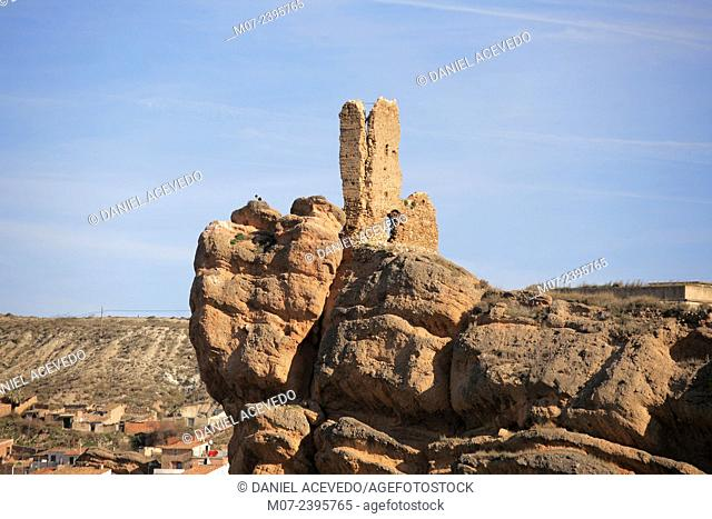 Autol castle on rock, Cidacos valley, Rioja Baja region, biosphere reserve, Spain, Europe