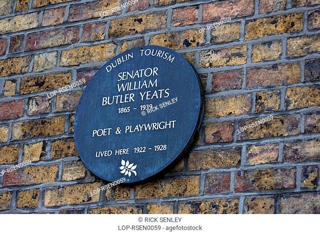 Republic of Ireland, Dublin, Merrion Square, Detailed view of a plaque to Senator William Yates in central Dublin