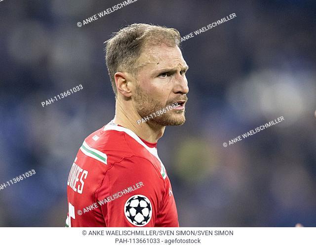 Benedikt HOEWEDES (HOWEDES) (locomotive). Soccer Champions League, Preliminary Round, 6th matchday, FC Schalke 04 (GE) - Lokomotiv Moscow (Lok) 1: 0