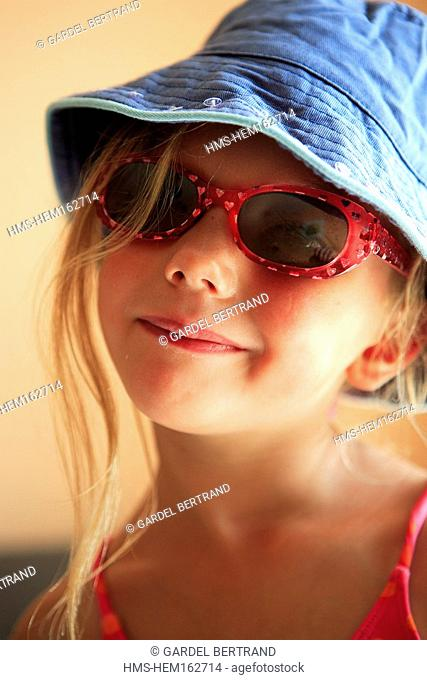 Tunisia, Hammamet, child girl at the pool
