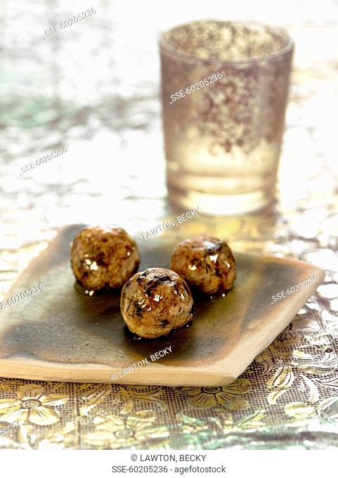 Date and honey balls