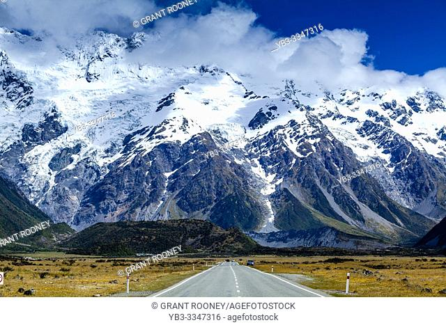 Mount Cook Mountain Range, South Island, New Zealand