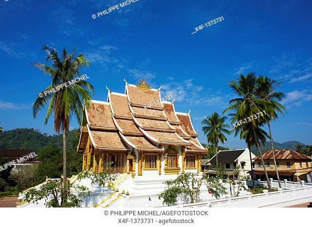 Laos, Province of Luang Prabang, city of Luang Prabang, World heritage of UNESCO since 1995, Royal Palace National Museum, Wat Ho Pha Bang, golden temple
