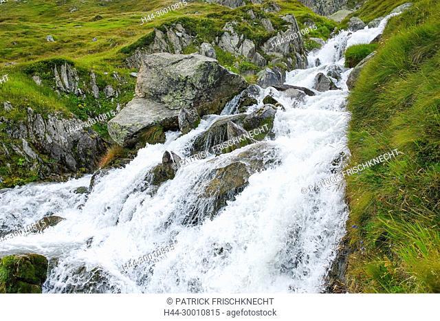 Wasserfall am Furkapass, Uri, Schweiz