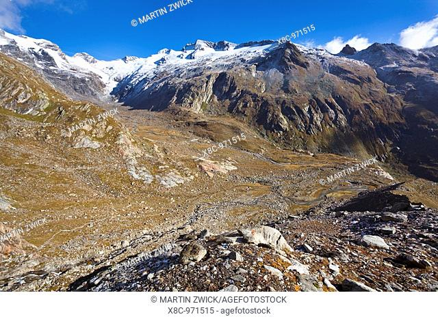the valley Maurer Tal in the national park Hohe Tauern with a view of the glacier Maurer Kees and the crossing Maurer Toerl  The glacier Maurer Kees is...