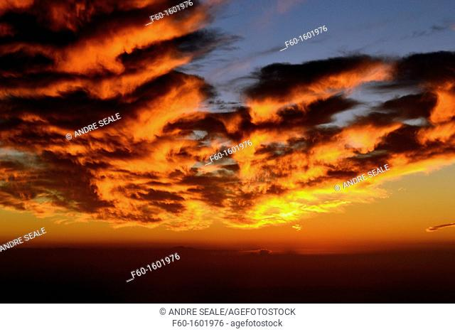 Spectacular sunset over the Pacific Ocean, West of the Hawaiian Islands