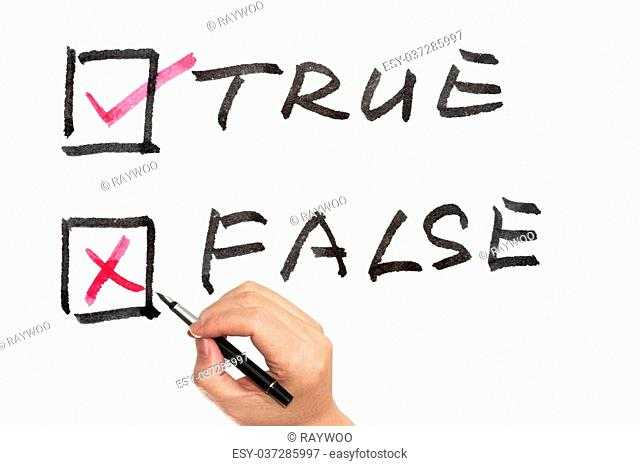 Choosing from true or false using pen