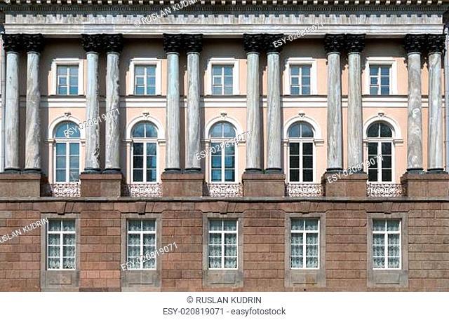 facade with columns