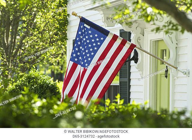 USA, New England, Cape Ann, Massachusetts, Annisquam, US flag