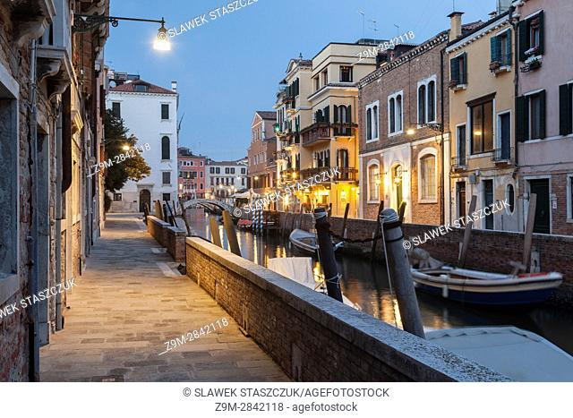 Night falls in the sestier of Dorsoduro, Venice, Italy