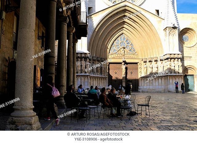 Main façade of the Tarragona Cathedral. Catalonia, Spain