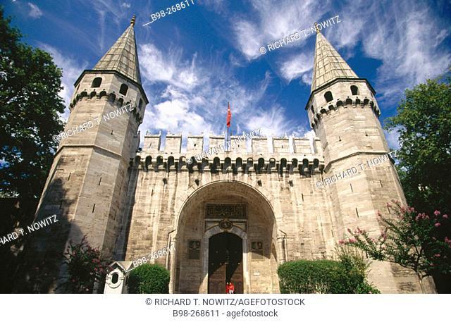 Main gate. Topkapi Palace. Istanbul. Turkey