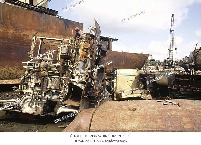 Alang ship breaking yard Stock Photos and Images | age fotostock