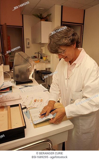 VAGINAL SMEAR<BR>Photo essay.<BR>Cytology