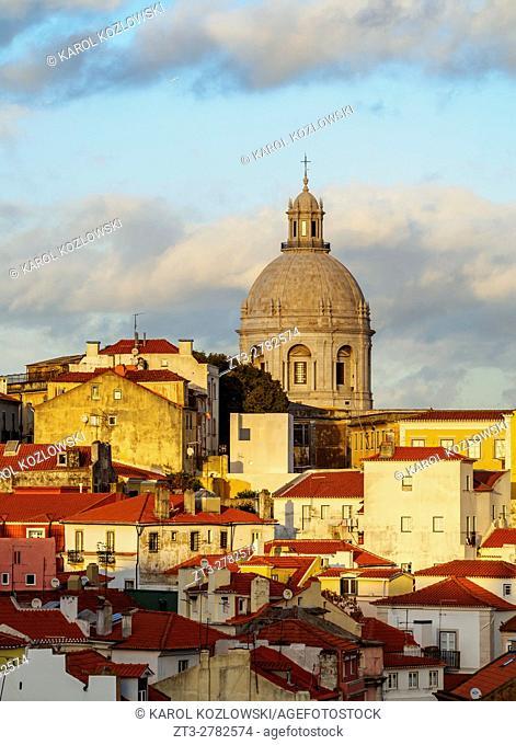 Portugal, Lisbon, Miradouro das Portas do Sol, View over Alfama Neighbourhood towards the National Pantheon at sunset