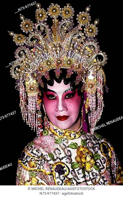 Singapour, Acteur de l'Opéra chinois