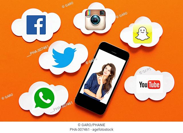 Conceptual image on different social networks (facebook, twitter, Instagram, You Tube, whatsapp et snapchat)