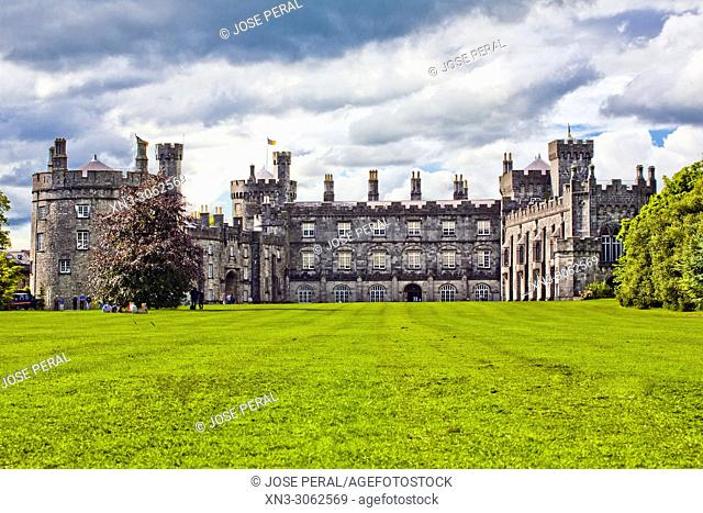 Kilkenny Castle, Kilkenny town, County Kilkenny, province of Leinster, Ireland, Europe