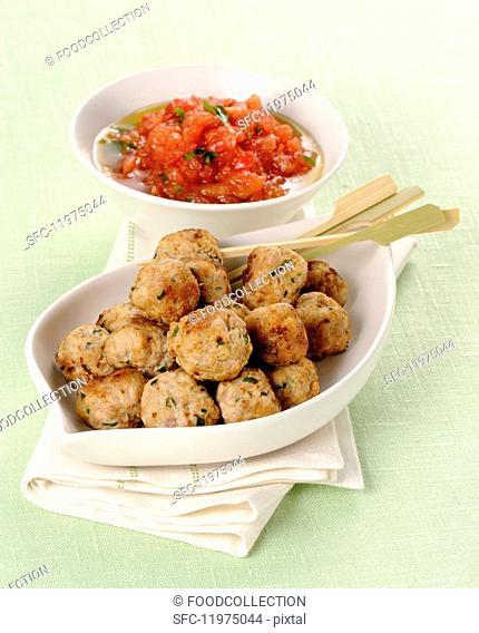 Cold meatballs with a cold tomato sauce