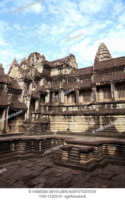 Detail of the temple Angkor Wat at Angkor in Cambodia  V10CAM0202RM