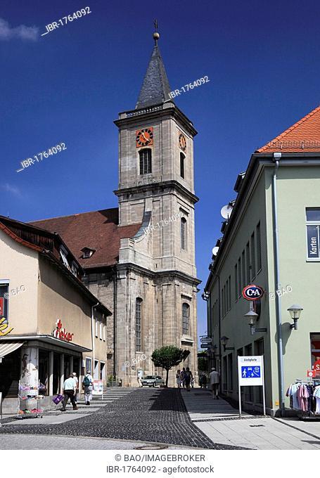 Market place and Pfarrkirche Mariae Himmelfahrt parish church of the Assumption, Bad Neustadt an der Saale, Landkreis Rhoen-Grabfeld district, Lower Franconia