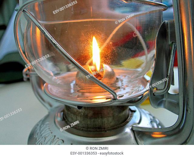 Oil lamps burns