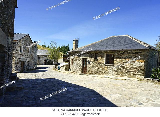 Although it is only a small village in the municipality of Pedrafita do Cebreiro, in the region of Los Ancares, O Cebreiro is an incalculable heritage of the...