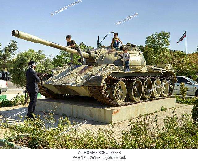 20.04.2017, Iran, Tehran: A tank monument at the cemetery Behehst-e Zahra (? Paradise of Zahra?) Near the Khomeini Mausoleum in the south of the Iranian capital...