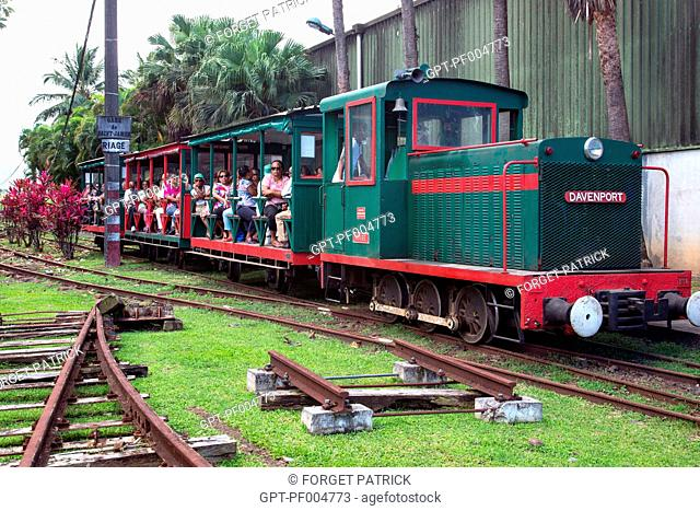"""THE PLANTATIONS SIGHTSEEING TRAIN OF THE """"SUGAR CANE RAILS"""" ASSOCIATION LEAVING FROM THE SAINT-JAMES DISTILLERY, SAINTE-MARIE, MARTINIQUE, FRENCH ANTILLES"""