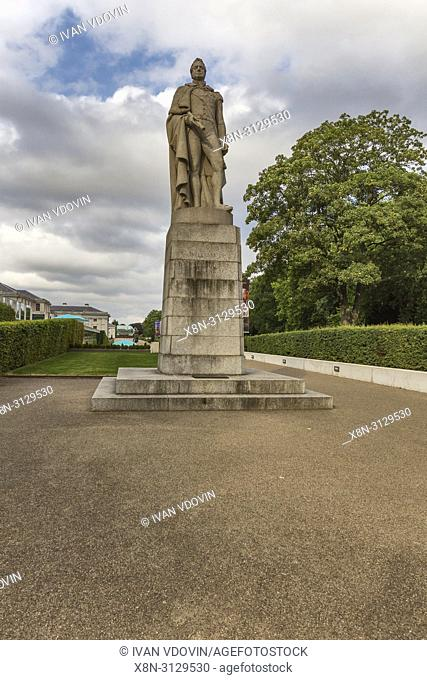 Statue of King William IV at entrance to Greenwich Park, Greenwich, London, England, UK