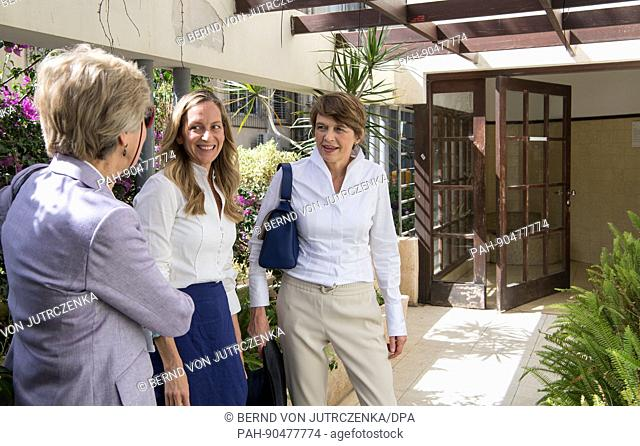 Elke Buedenbender (R), the wife of the German president Frank-Walter Steinmeier, with publisher Friede Springer (L) Sharon Golan (C) during a tour of the White...