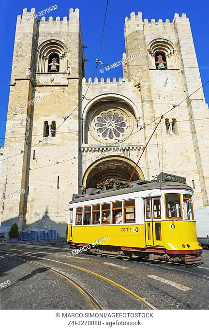 Eletrico (electric tram) in front of the Se Cathedral, Lisbon, Portugal, Europe