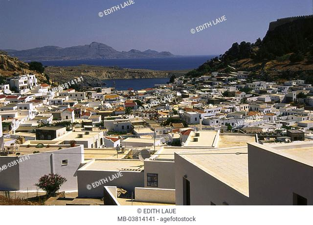 Greece, island Rhodes, Lindos,  view over the city  Dodekanes, Mediterranean island, coast, residences,  Houses, residences, rise, Burgberg, acropolis,  Gaze