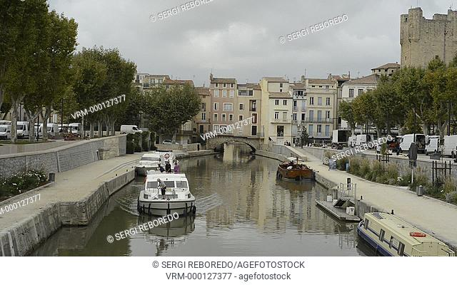 Narbonne, Occitan: Narbona, Latin: Narbo is a communeCanal of the Robine (canal de la Robine) at Narbonne, town located in the Aude department in France