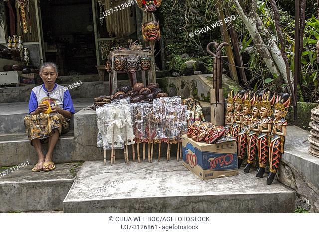Vendor selling souvenirs at Gunung Kawi The Rocky Temple, Tampaksiring, Bali, Indonesia