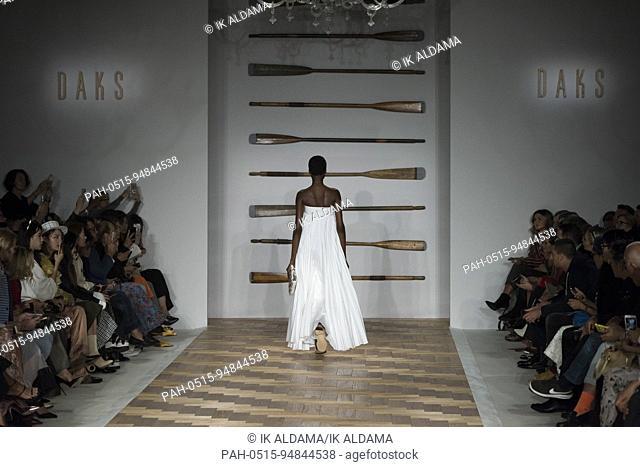 DAKS runway at London Fashion Week Septiembre 2017 - Spring / Summer 2018. London, UK 15/09/2017. | usage worldwide. - London/United Kingdom of Great Britain...
