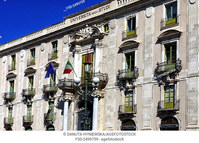 Europa, Italy, Sicily, Catania, Palazzo San Giuliano by architect Giovanni Battista Vaccarini, Piazza Universita
