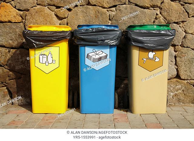 Recycling bins for plastic, paper and food in Spain
