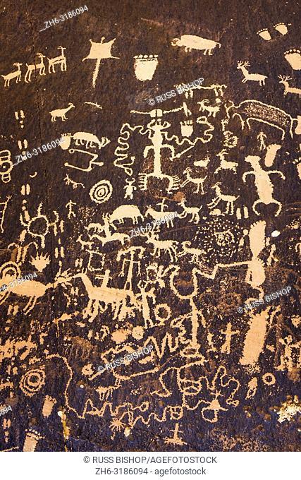 Petroglyphs at Newspaper Rock State Park, Utah