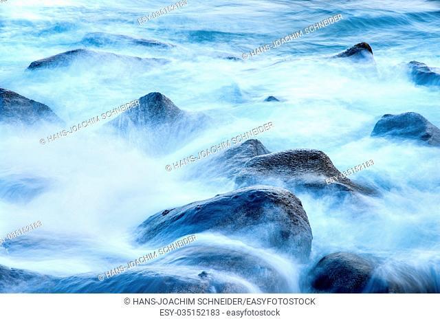 surf of the atlantic ocean in long time exposure