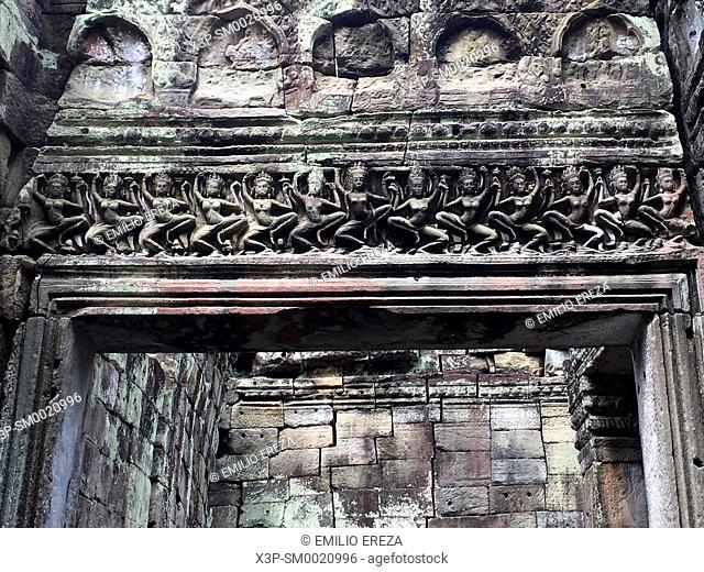 Apsaras on Hall of the Dancers, Preah Khan Temple, Angkor Wat, Cambodia